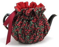 Wrap Around Tea Cozy 4 Cup Evening Cranberries