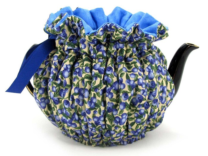 Wrap Around Tea Cozy 8 Cup Blueberries 'n Cream