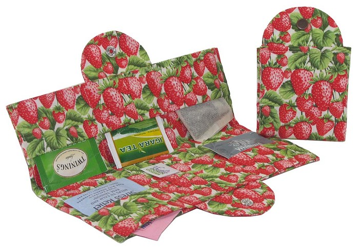 Tea Wallet - Strawberries
